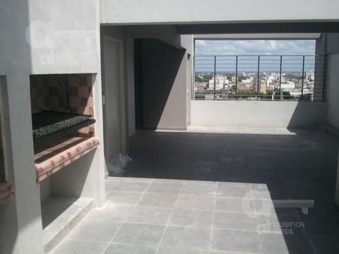 san telmo. moderno loft con balcón. alquiler temporario sin garantía