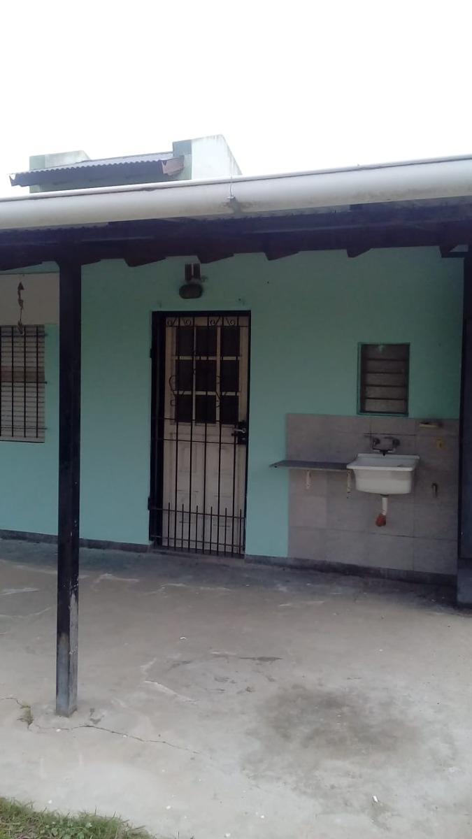 san vicente: casa en barrio cerrado