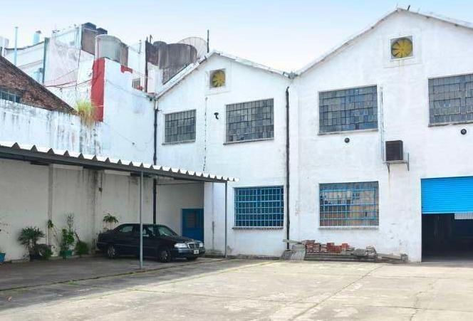 sanchez bustamante al 865 y tucuman 1020 m2 cubiertos 17,32 x 50