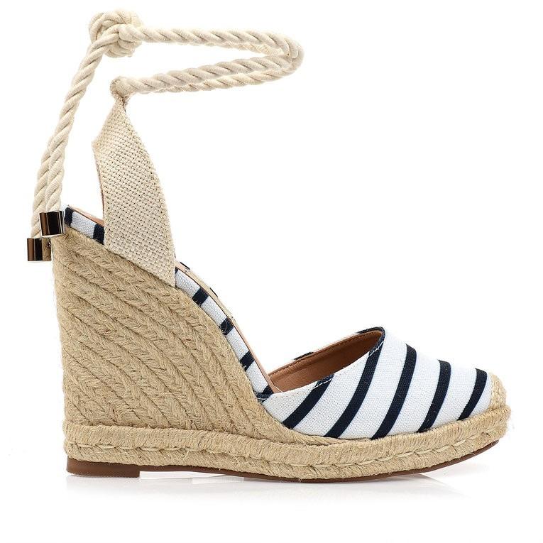 0e836416d Sandália Anabela Alta Line Marinho Uza Shoes - R  218