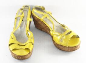6f28f170fd Sapato Anabela Feminino - Sapatos Amarelo em São Paulo Zona Leste no ...