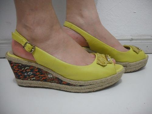 sandalia anabela amarela bottero 39 usado bom estado