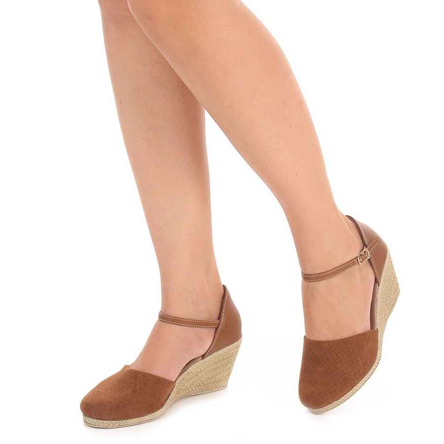 6170b95d9d6 sandália anabela espadrille feminina dariely - caramelo. Carregando zoom.
