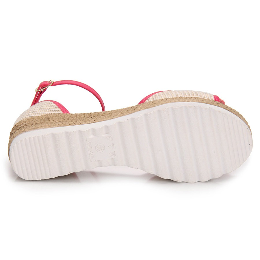5a378518bd sandália anabela infantil klassipé - 29 ao 36 - nude. Carregando zoom.