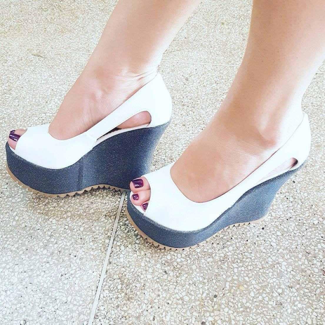 978097b72f sandália anabela plataforma feminino inspiração moda 323. Carregando zoom.