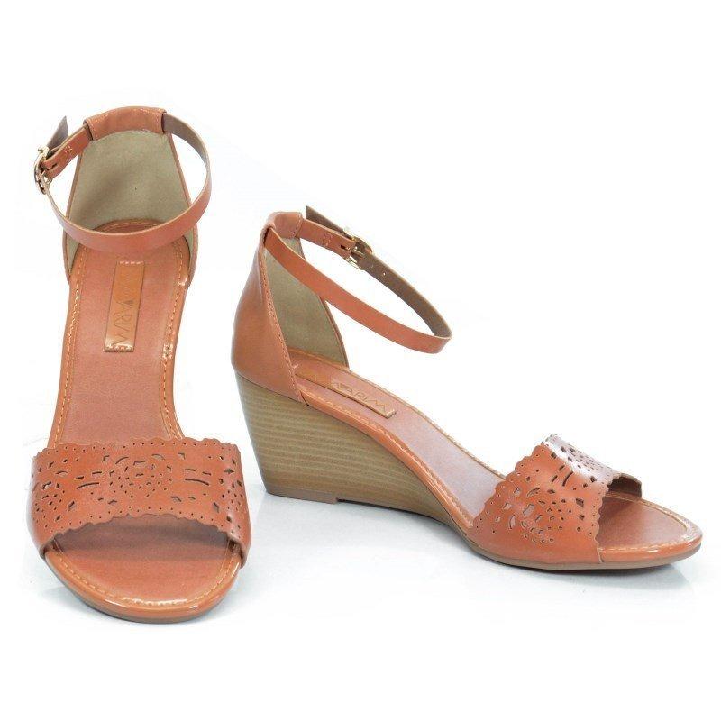 5076ec80e8 sandália anabela ramarim caramelo - 168204. Carregando zoom.