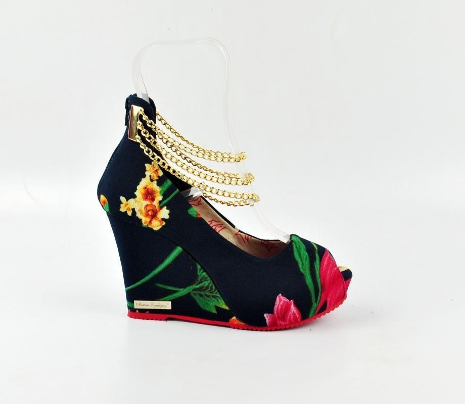 10265a26d3 sandália anabela salto alto florida floral tira corrente. Carregando zoom.