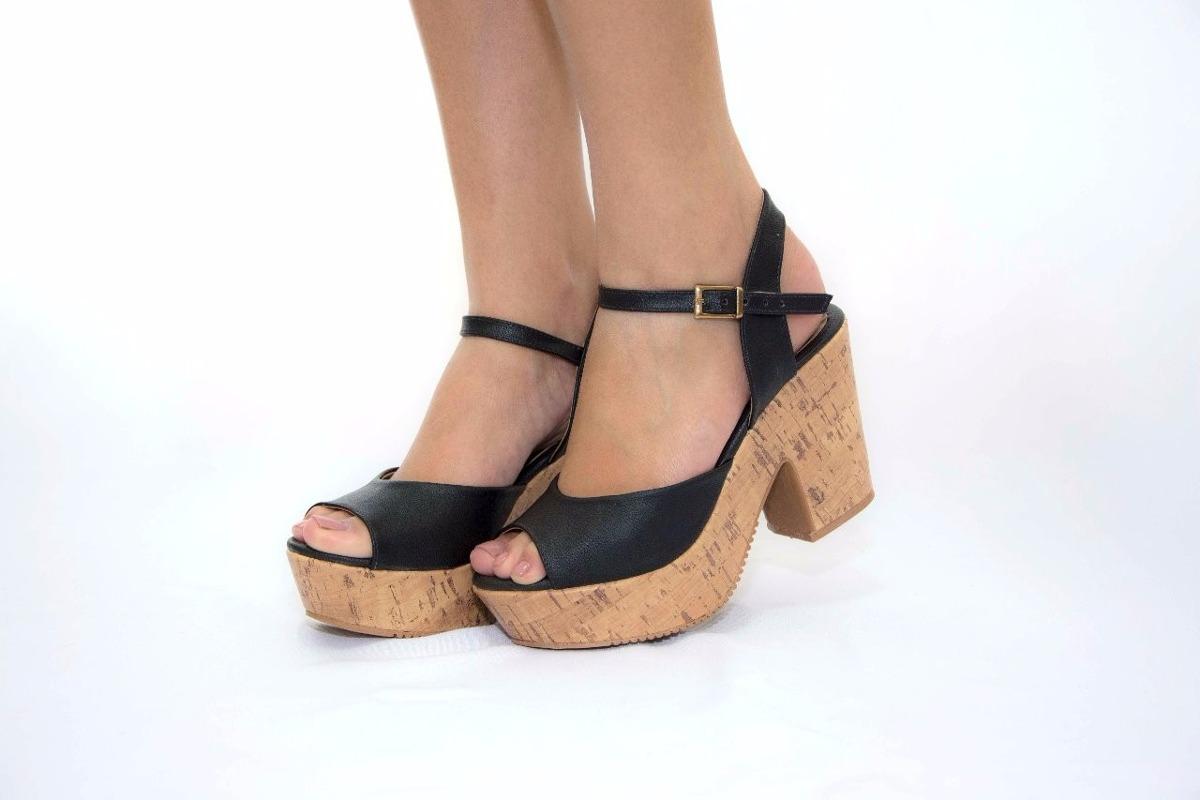 79006e4e0f sandália anabela salto grosso cortiça preto leluel shoes. Carregando zoom.