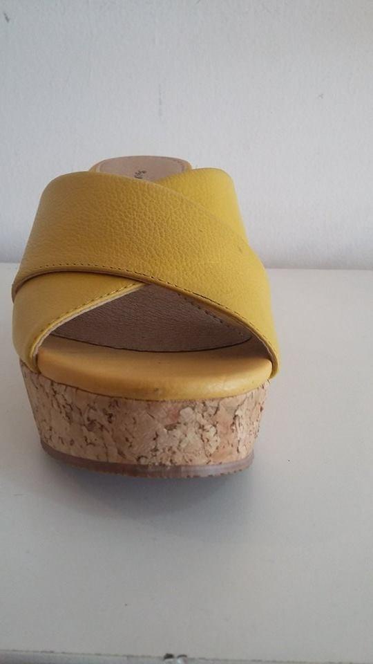 4b73541434 sandália anabela tamanco em couro cortiça varias cores 243m. Carregando zoom .