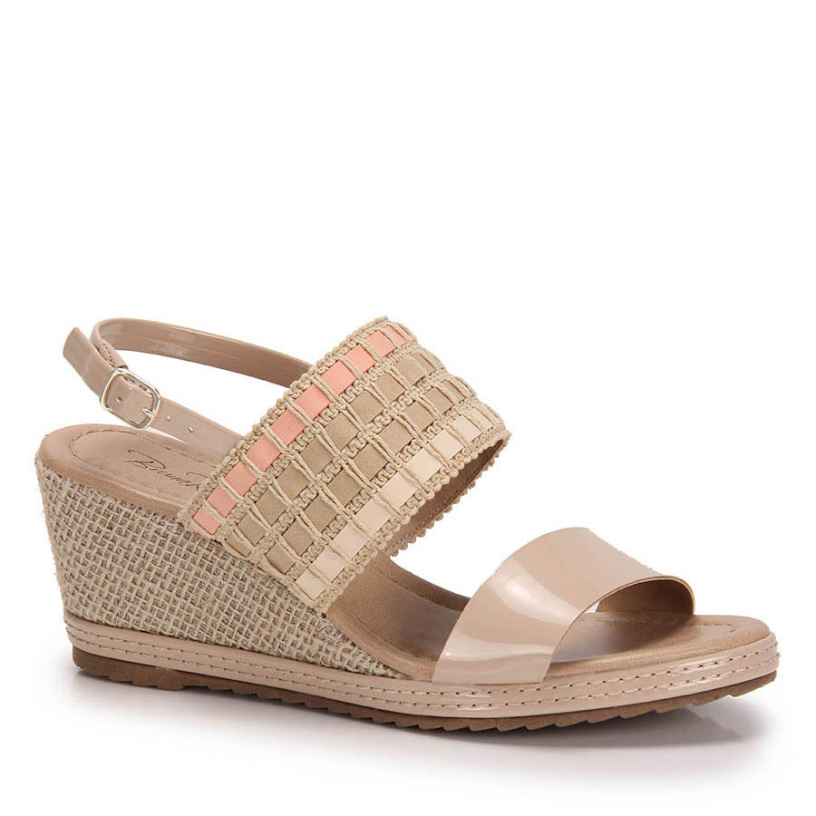 89a6b0fbd6c5d sandália anabela verniz bruna rocha corda - nude. Carregando zoom.