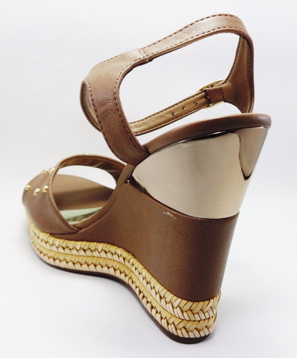 29f8971ca2 sandalia anabela via marte feminina 100% couro confortável · sandalia  anabela via. sandalia anabela via. 5 Fotos