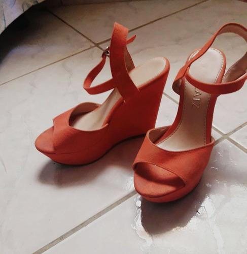 sandália anabelazart usado apenas 3 vezes,leve e confortável