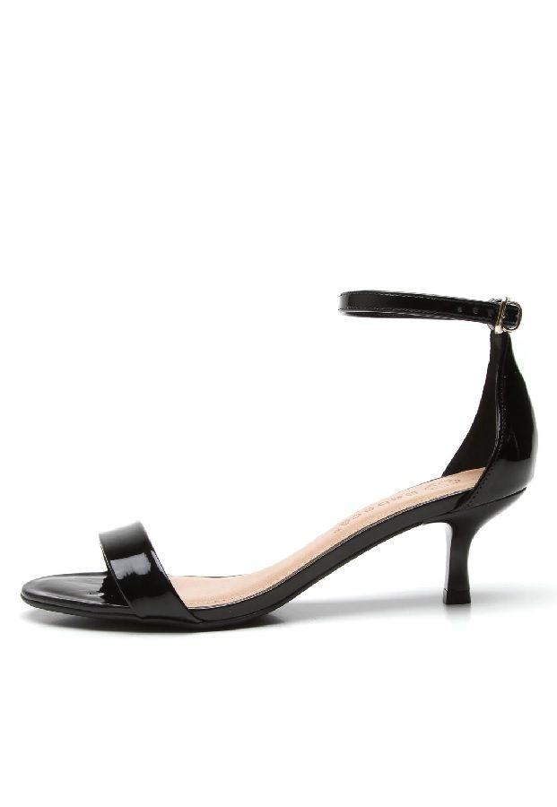 2172bfa9b8 sandália bebecê feminino salto fino baixo. Carregando zoom.