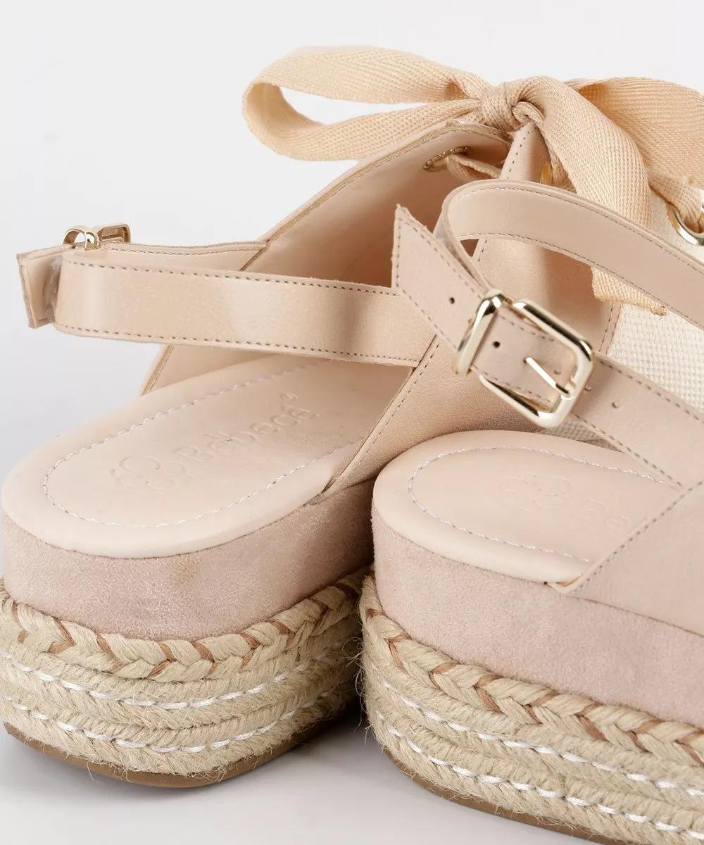 9e8c51bd8a sandália bebecê flatform salto alto grosso nude 4717-024. Carregando zoom.