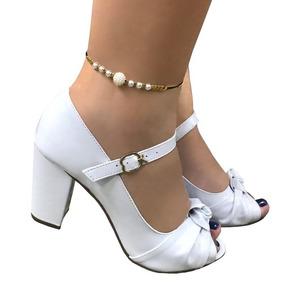 e4c1e777b Sapato Branco Boneca Noiva Noivado Casamento Salto Médio. 1. 32 vendidos -  São Paulo · Sandália Branca Salto Alto Grosso Noiva Tira No Meio Do Pé