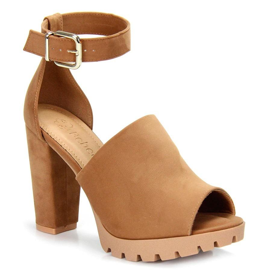 b48cd25235 sandália camurça bebecê meia pata caramelo - salto tratorado. Carregando  zoom.