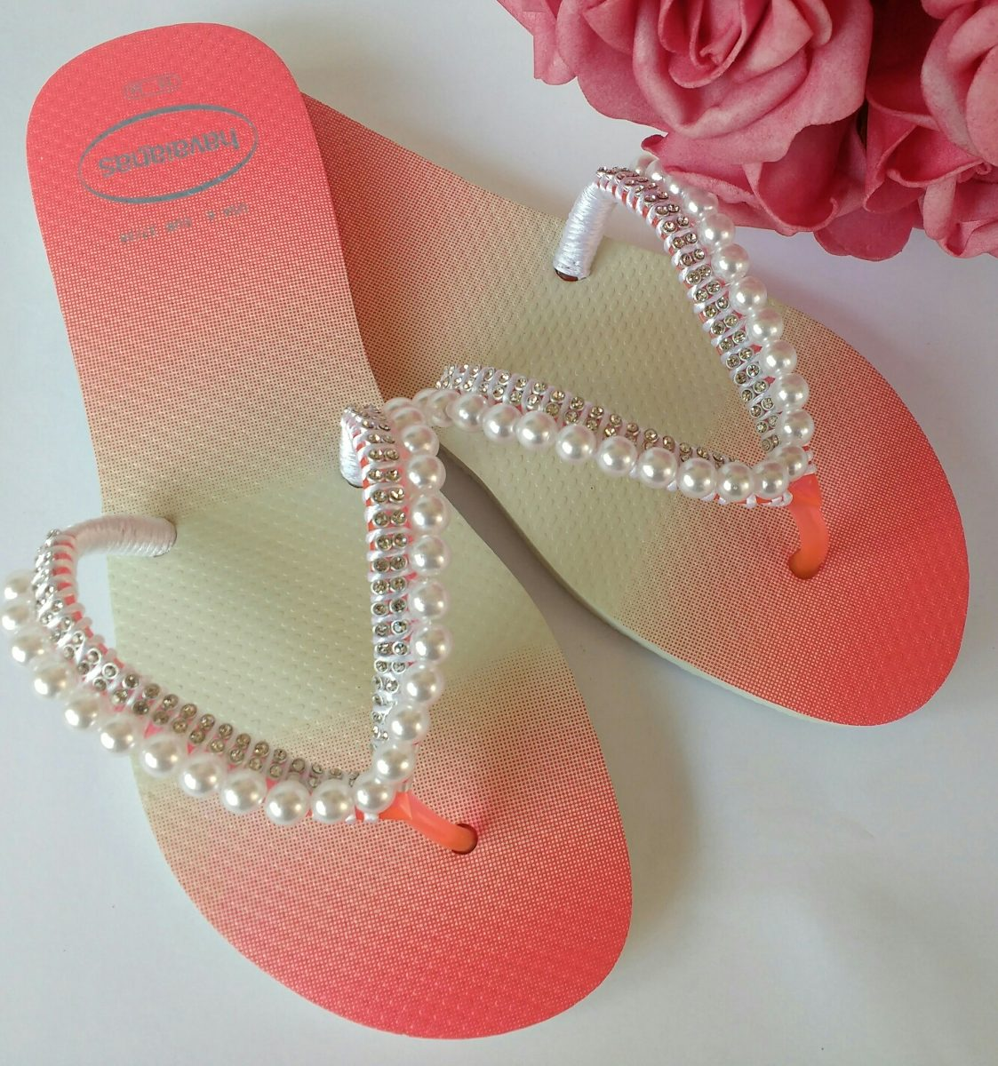 c33a9afbba sandalia chinelo havaianas decorada custimizada flat perola. Carregando zoom .
