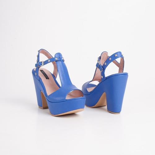 sandalia con plataforma de cuero. art pipa azul otro calzado