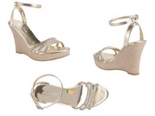 sandalia con pulsera molto bello 520