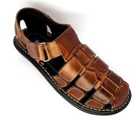 666a075a68 Sandália Xô Boi Couro Branco Homem Sapatos Masculino - Sandálias Marrom no Mercado  Livre Brasil