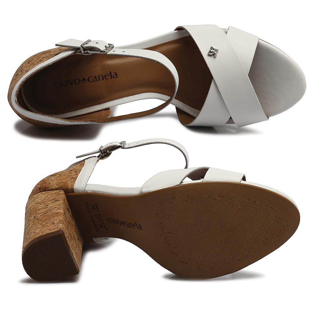 770d67040 sandália cravo e canela couro vegetal branco 151801-1. Carregando zoom.