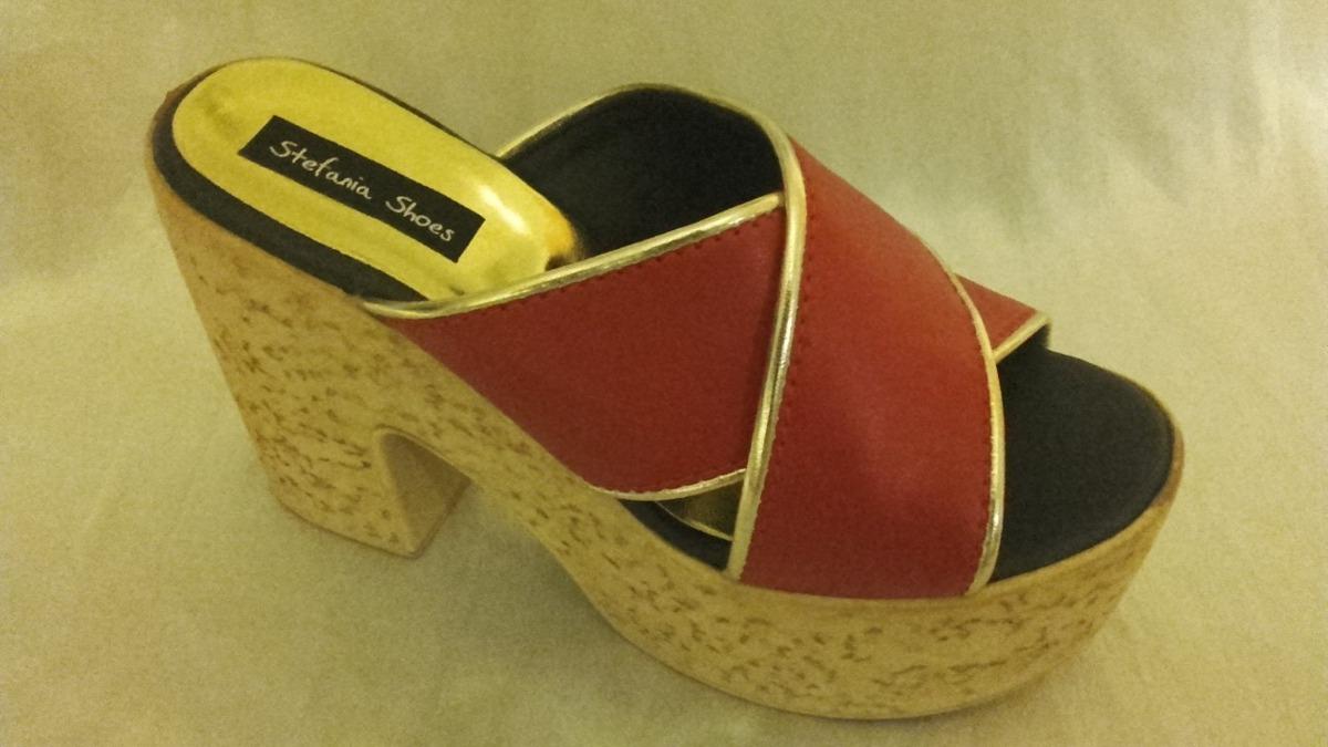 b5df9062280 sandalia cuero ecologico plataforma rojo con ribete dorado. Cargando zoom.