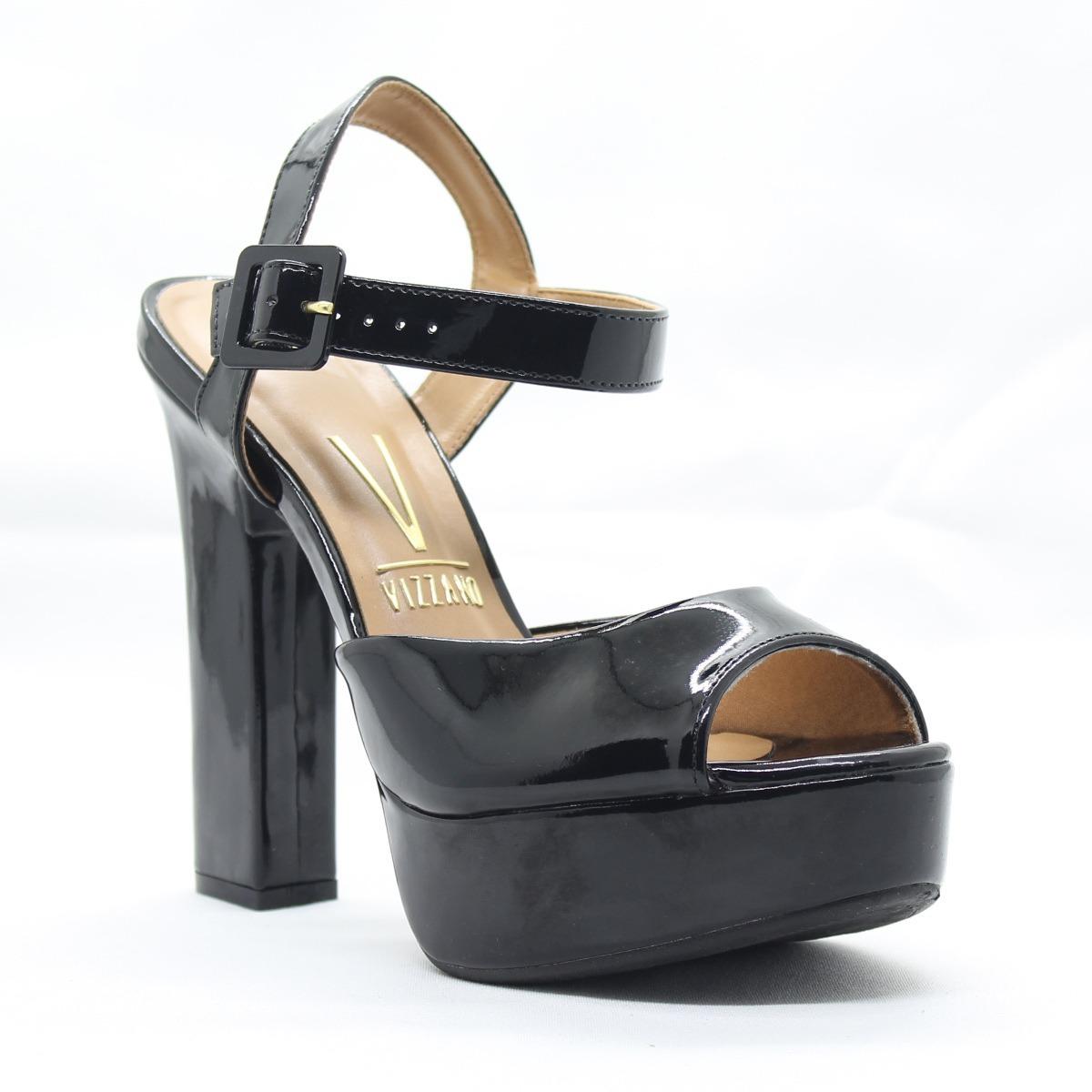 5dbfa200a sandália de salto quadrado meia pata preto verniz - vizzano. Carregando  zoom.