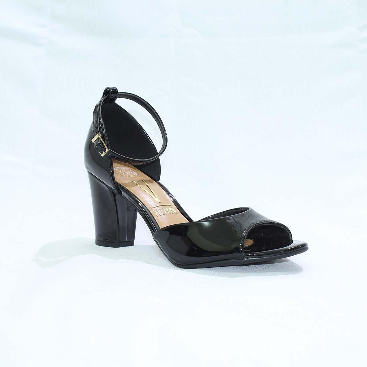 487294d6a8 sandália de salto quadrado preta verniz - vizzano. Carregando zoom.