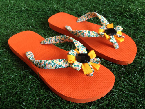 sandália decorada
