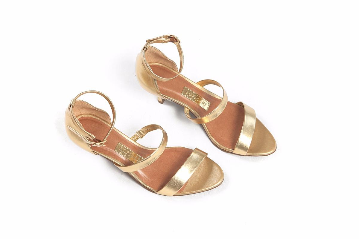02f9be73f Sandália Dourada Salto Baixo - R$ 100,00 em Mercado Livre