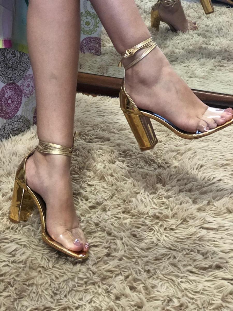 f445f3441d sandalia dourada salto quadrado e vinil transparente 9 cm. Carregando zoom.