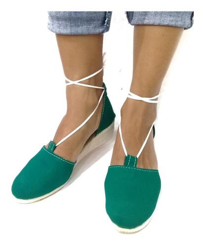 sandalia en plataformas o tacón jeans y tela modelo romana