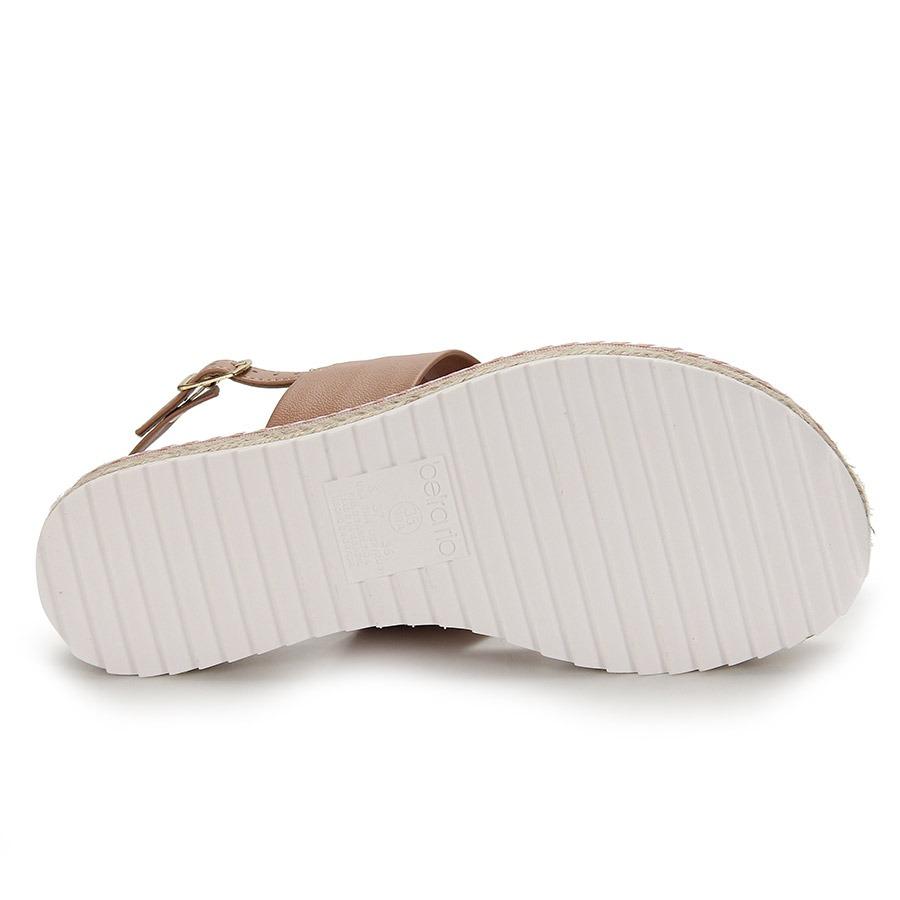 d418a2726 sandália espadrille flatform beira rio - branco. Carregando zoom.