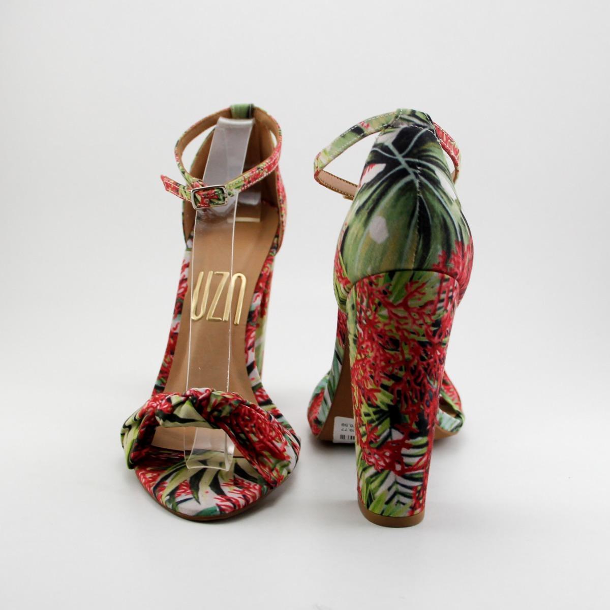 22c5c3f91a sandália estampa floral com nó em cima salto grosso alto uza. Carregando  zoom.
