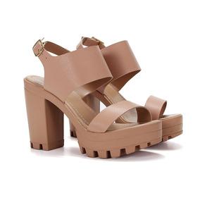af2b4e1c09 Sandalia Feminina Salto Alto Tratorada Plataforma 14 - Sapatos no ...
