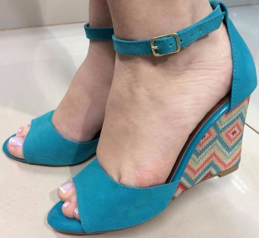 c8f964d4a sandalia feminina azul turquesa anabela salto alto nobuck. Carregando zoom.
