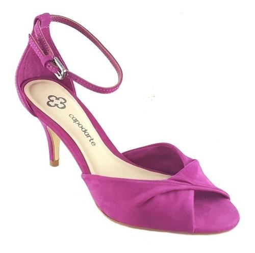 sandália feminina capodarte salto fino médio em couro nobuk