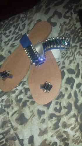 sandalia feminina com pedraria