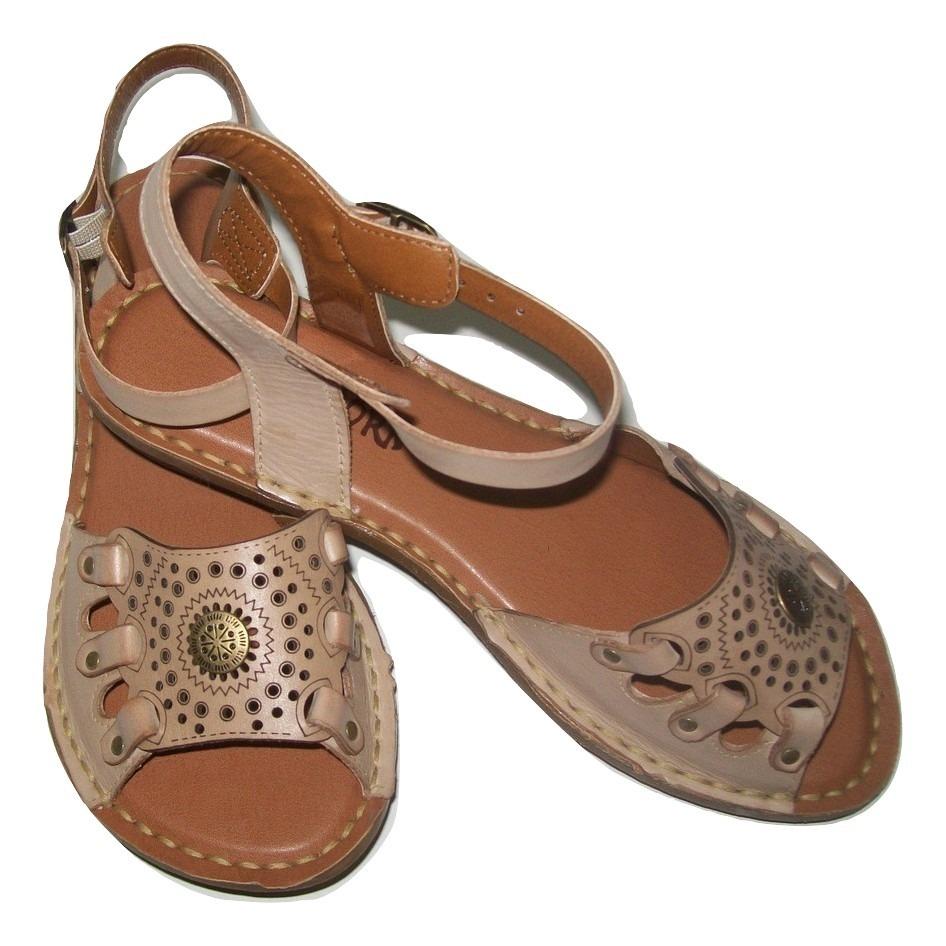 d580c07887 sandália feminina confortável em couro sintético newborn. Carregando zoom.