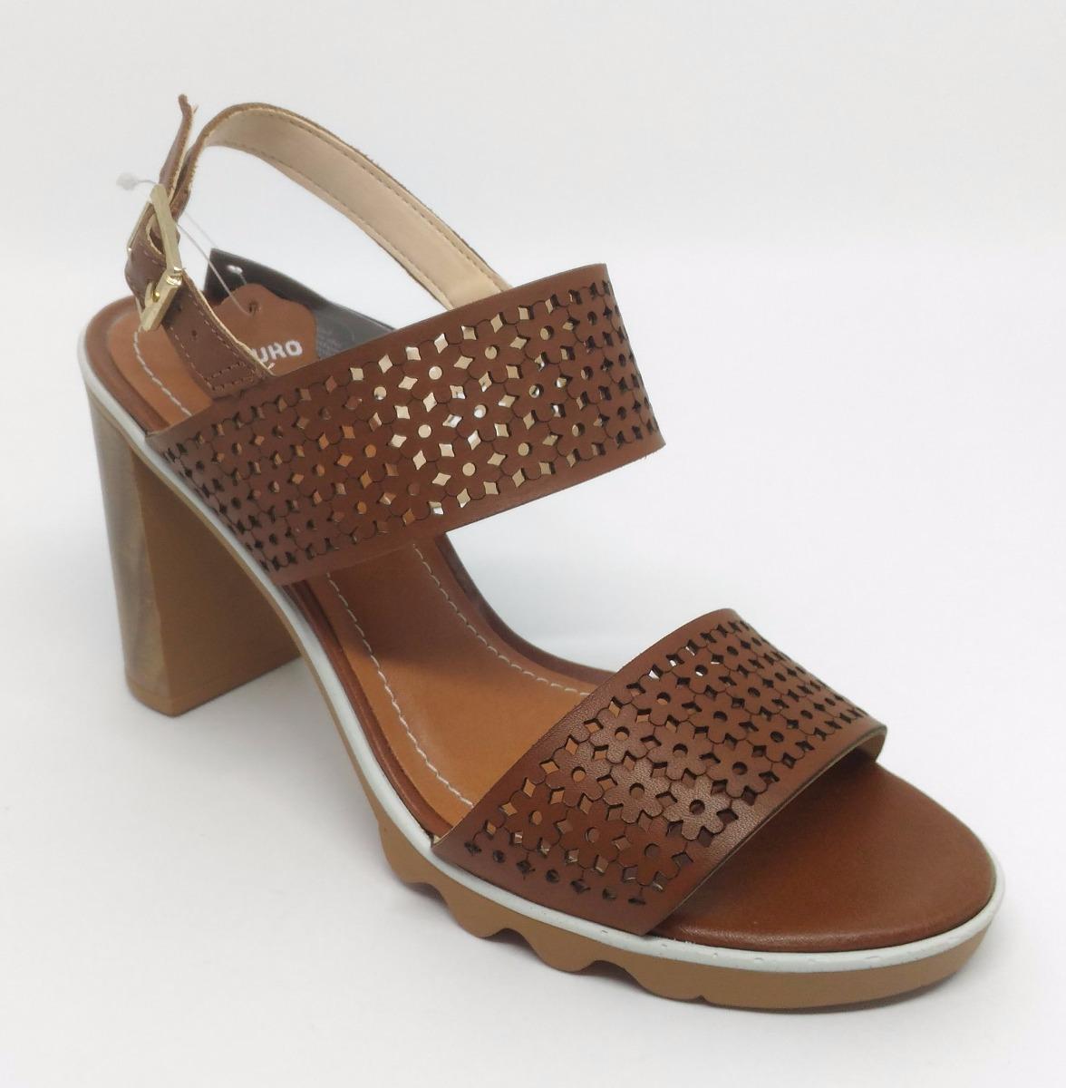 1eb27cb63c sandália feminina couro salto grosso bottero 277722 22% off. Carregando zoom .