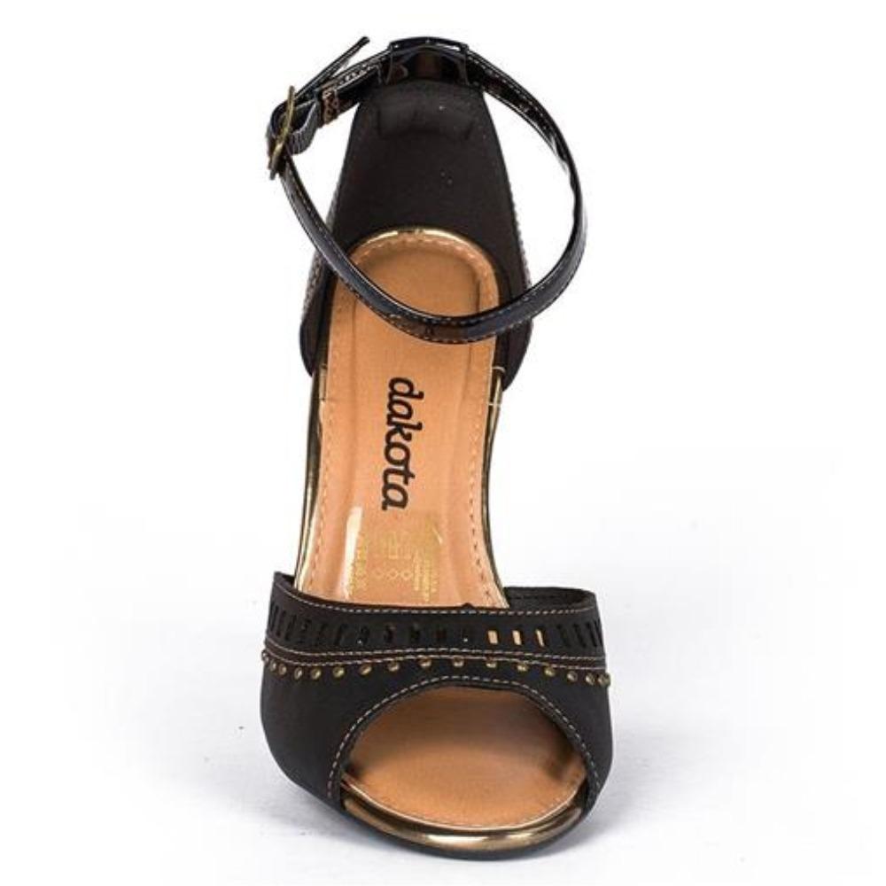 023d0ae6a7 sandália feminina dakota preta salto médio grosso z2223. Carregando zoom.