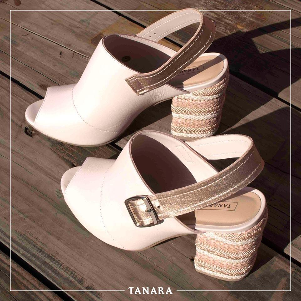 179d778c57 sandália feminina dakota tanara t1961 salto alto ankle boot. Carregando  zoom.