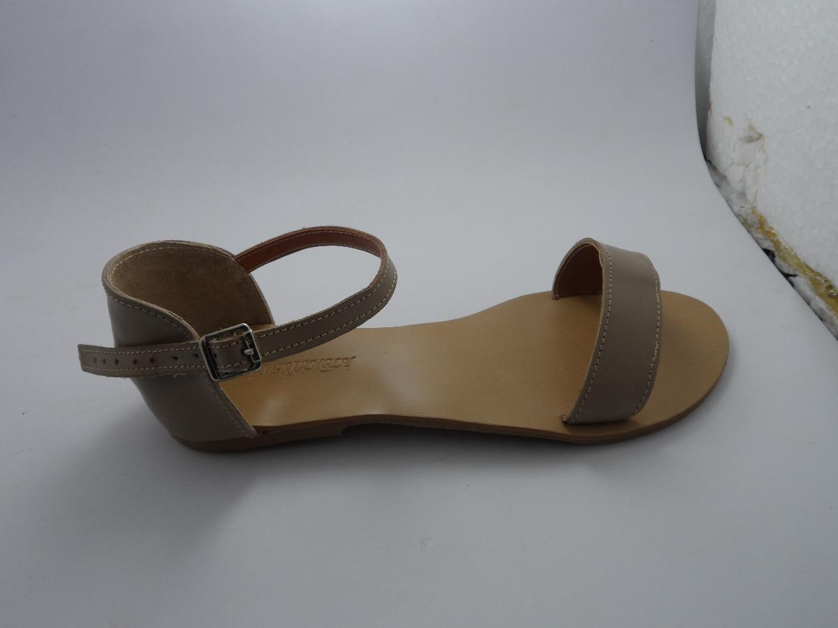 2306e74171 sandalia feminina kyara rasteira rasteirinha gladiadora cour. Carregando  zoom.