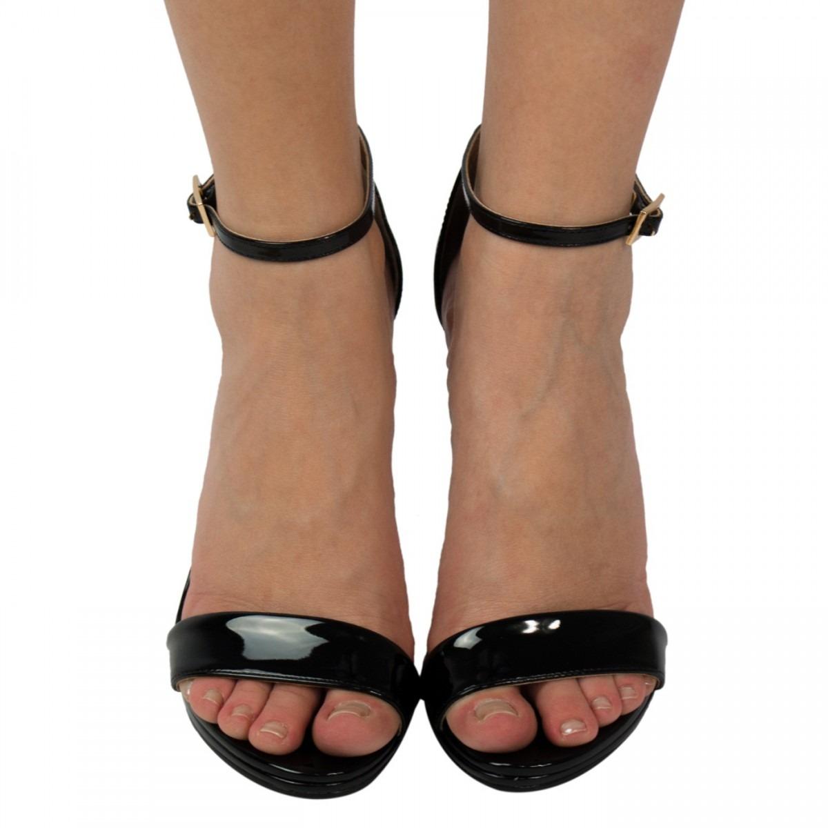 4df17dba9 sandália feminina luz da lua verniz salto fino promoção. Carregando zoom.