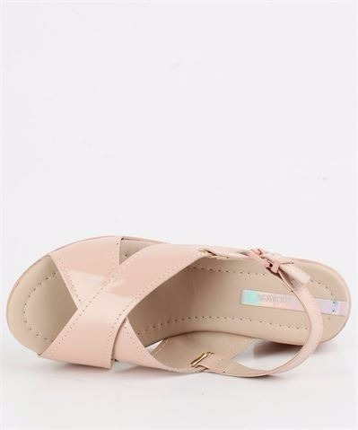 sandália feminina moleca tratorada nude 5266208 verniz