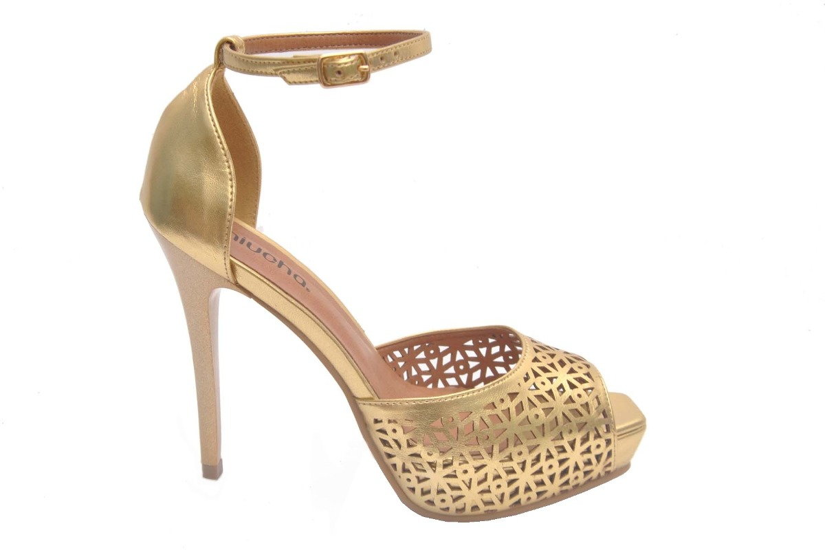 f7f05d658 sandália feminina peep toe plataforma dourada festa miucha. Carregando zoom.