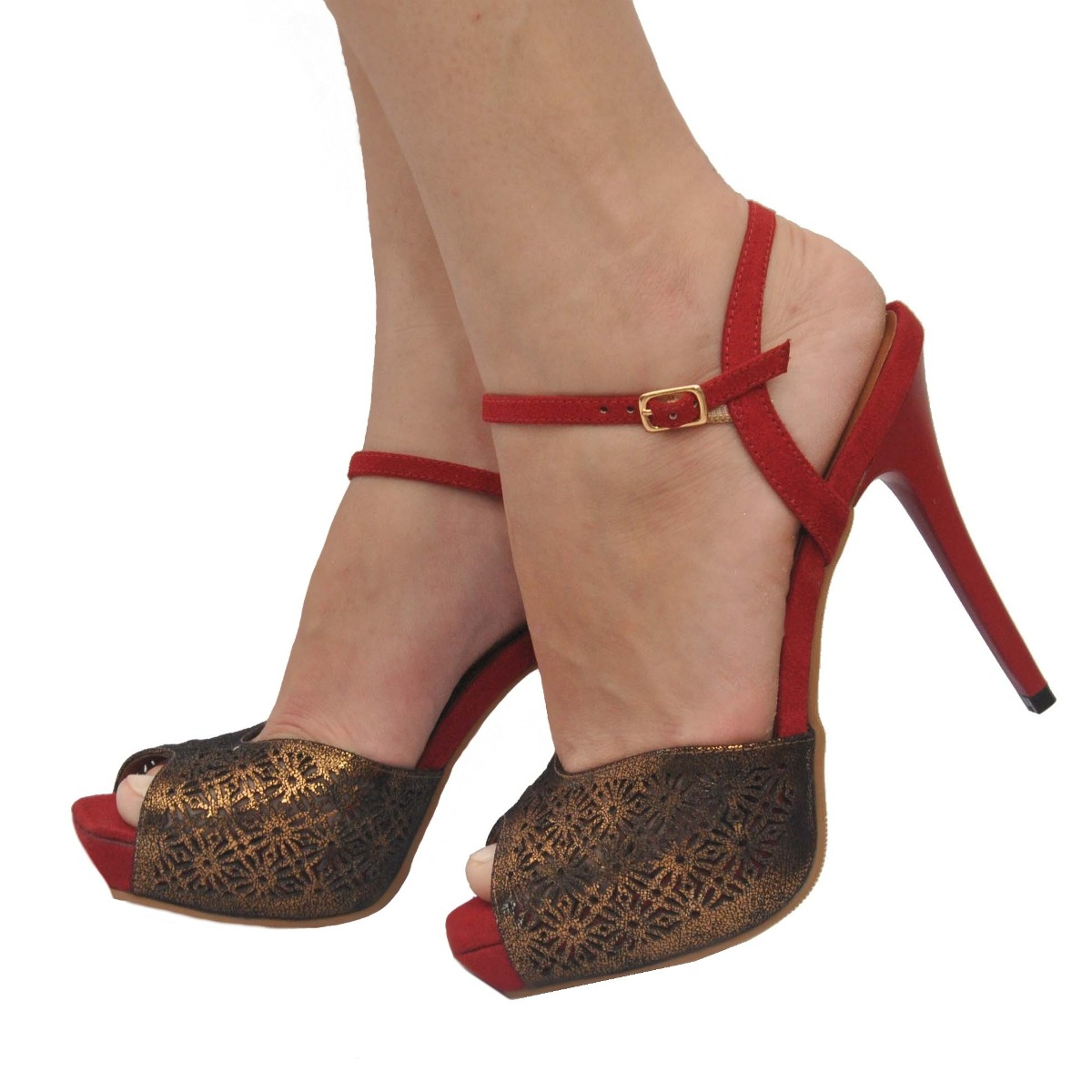 3028ffbeef sandália feminina peep toe plataforma vinho festa miucha. Carregando zoom.