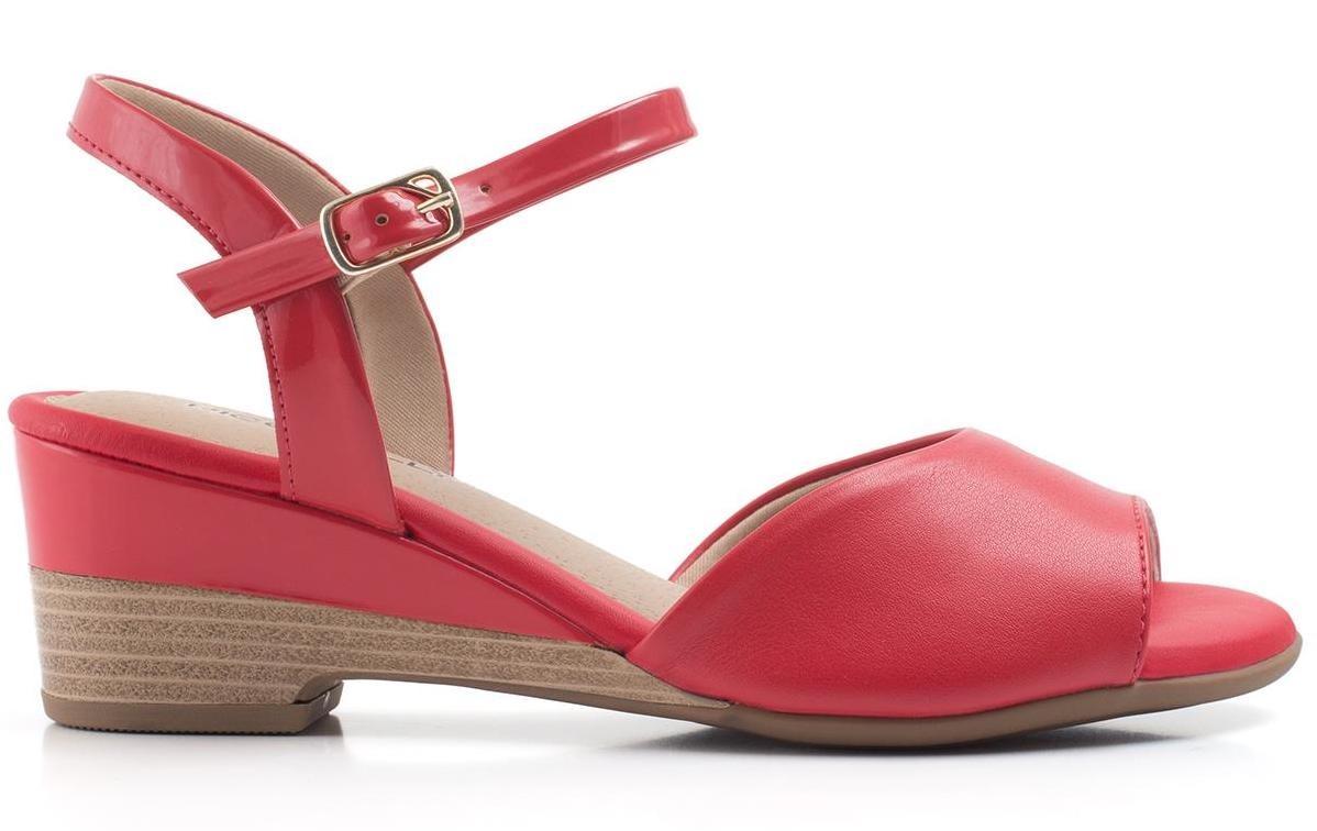 9a0052b5af sandália feminina piccadilly anabela vermelha 581006. Carregando zoom.