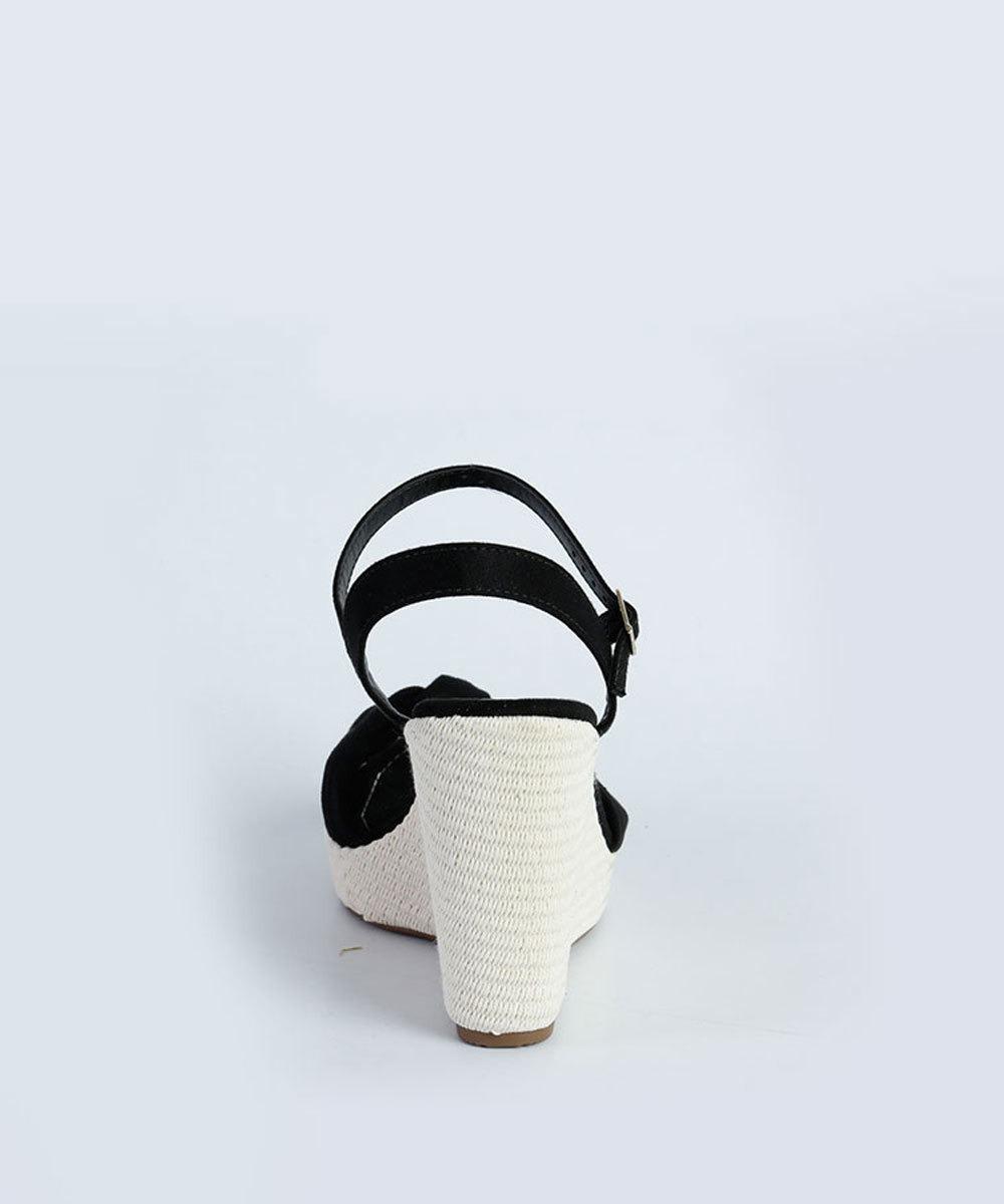3d17c97b3b sandália feminina plataforma moleca - super top. Carregando zoom.