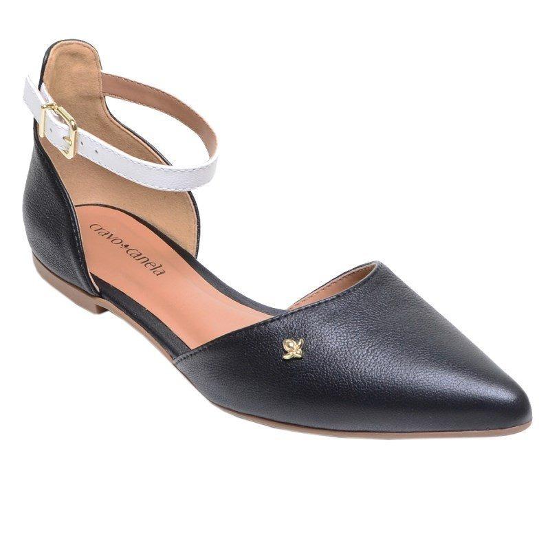 e77fdc02d9 sandália feminina rasteira de bico fino cravo e canela preta. Carregando  zoom.